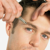Детали имиджа мужчины: идеальная форма бровей